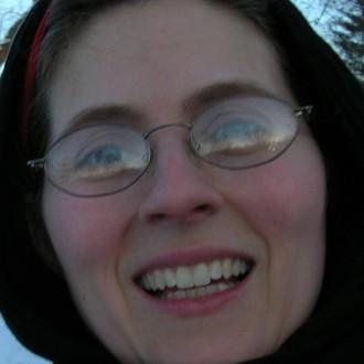 Nicole Carlin